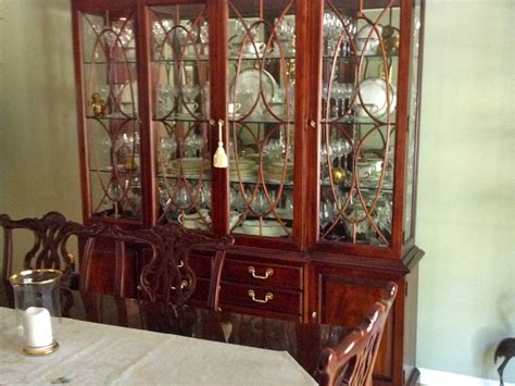 Mahogany Dining Room Set by Thomasville Mahogany Dining Room Set Patch