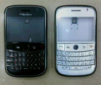 Blackberry Onyx1 White And Black casing original adhie07 shop