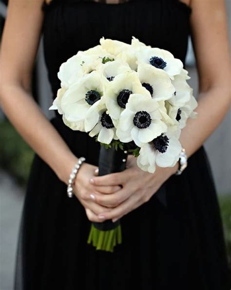 what colour goes with black and white inspiration fleurs d hiver j ai dit oui
