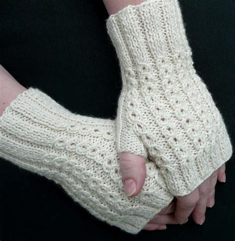 fingerless gloves knitting pattern bonbons fingerless mitts knitting patterns and crochet