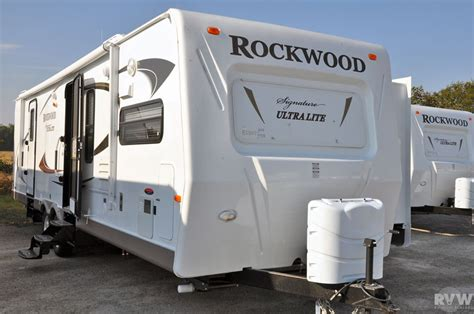 rockwood ultra lite travel trailer by forest river 2011 forest river rockwood signature ultra lite 8315bss