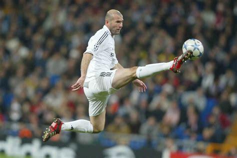 imagenes zidane real madrid quotes on zinedine zidane wet grass white posts