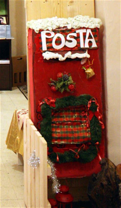 cassetta delle lettere di babbo natale ufficio postale di babbo natale spedisci la letterina