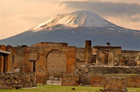 ruins of pompeii in pompeii lonely planet
