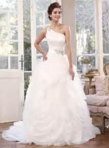 lovely wedding dresses wedding dresses with jeweled straps sangmaestro