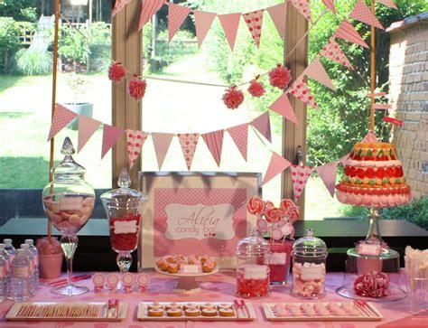 pink candy bar  buffet gourmand tout rose