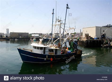 fishing boats for sale gloucester ma commercial fishing boats in gloucester harbor