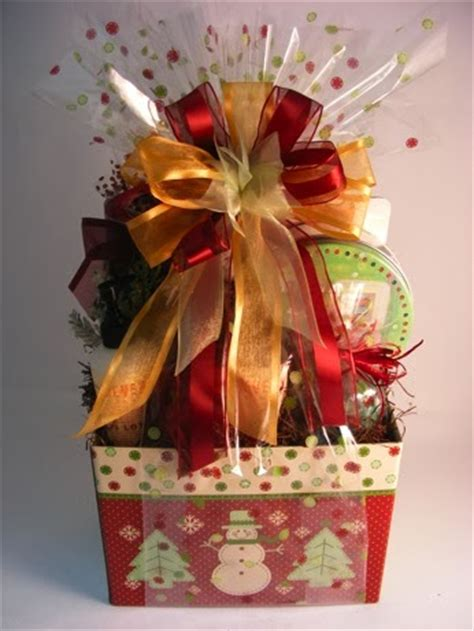 how to wrap gift basket gifts that say wow crafts and gift ideas how to