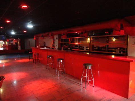 alquila en gijon pub  licencia de musica amplificada pisos  varios pisos  varios