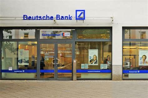 Deutsche Bank Gropius Passagen Bank In Berlin