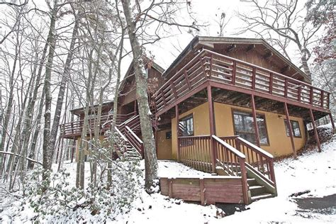 7 bedroom cabins in gatlinburg 7 to 12 bedroom cabin rentals in gatlinburg tn mtn