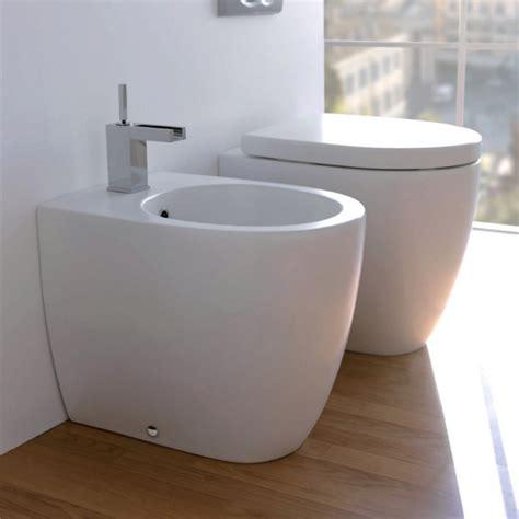 bagno sanitari sanitari bagno a terra bull filo muro scarico traslato