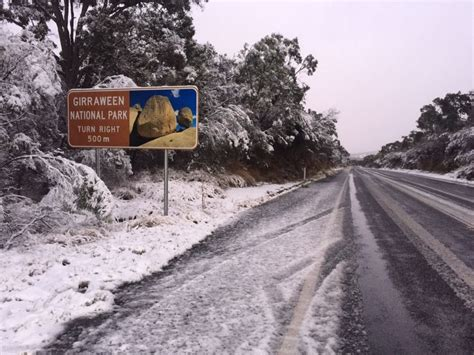 abc news qld 17 4 2015 worldnews snow falls near girraween national park on queensland s