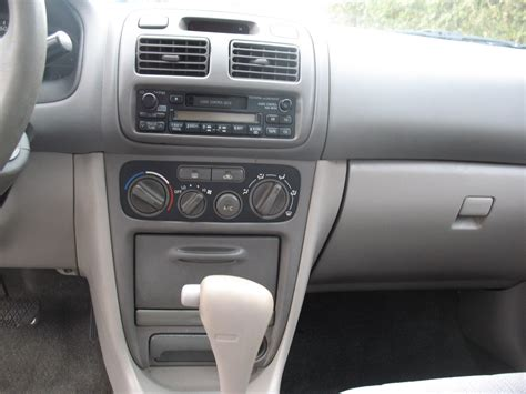 Toyota Corolla 2002 Interior by 2002 Toyota Corolla Pictures Cargurus