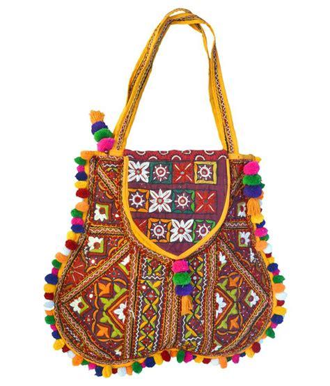 Handmade Handicraft - kutch craft traditional handicraft with kutchi embroidery