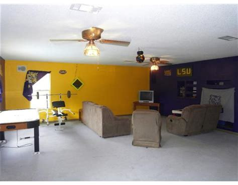 lsu rooms 210 hamilton pineville la 71360 with an awesome lsu gameroom