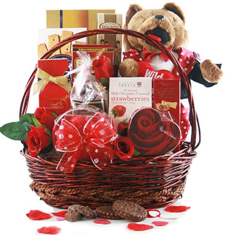 shakespheres delight valentines day gift basket design