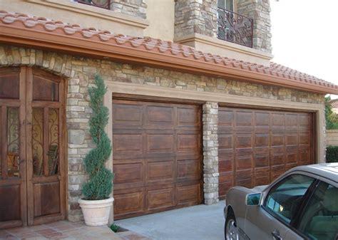 precio pintar puerta coche foto imitaci 243 n madera puerta garaje estilo espa 241 ol de