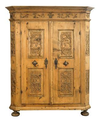 aste mobili mobili rustici wedding cabinet dorotheum