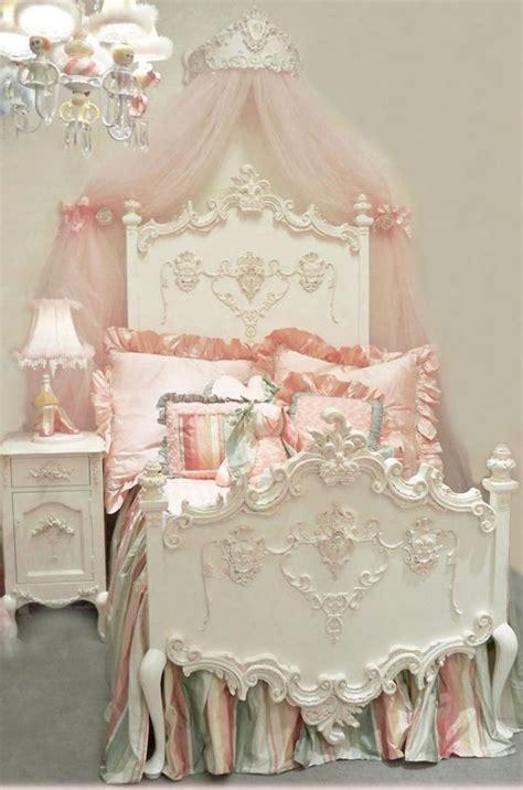 vintage princess bedroom 7910 best antique white images on pinterest home decor