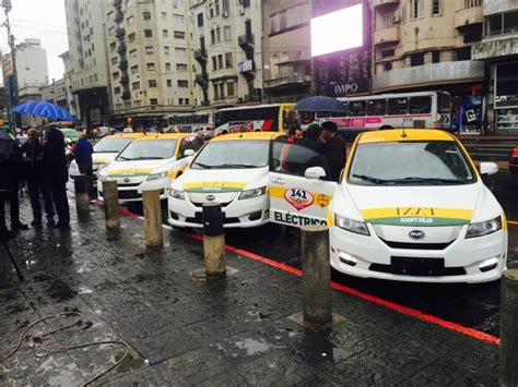 Mba Transportation Taxi Gratuity by Uruguay Adds 50 Byd E6 Taxis To Fleet