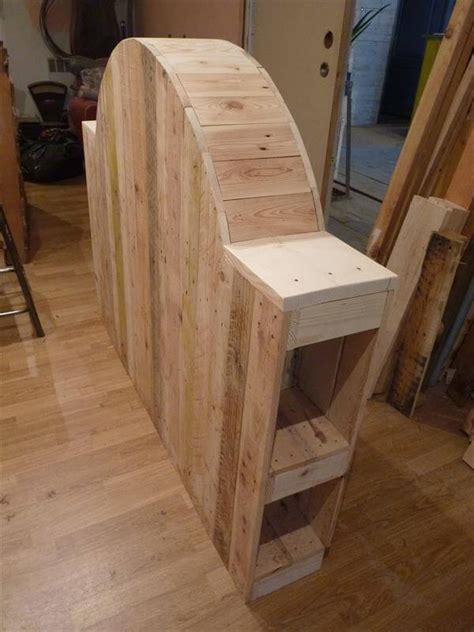 Headboards Made From Pallets by Painted Do It Yourself Pallet Headboard