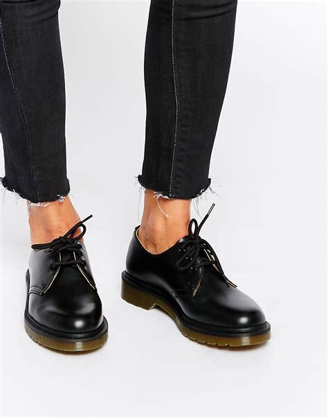 dr martens dr martens 1461 classic black flat shoes at asos