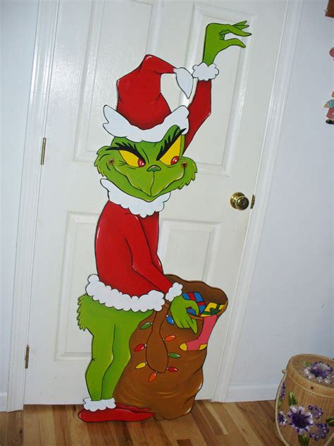 Grinch Decorations - 25 awesome grinch decorations ideas decoration