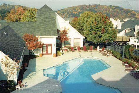1 bedroom apartments roanoke va summit at roanoke roanoke va apartment finder