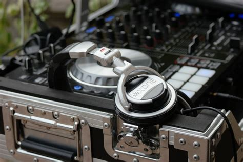 best mixing headphones best headphones for mixing and mastering 2018 product