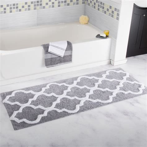 Grey And White Bathroom Rugs by Gray And White Bathroom Rugs Rugs Ideas
