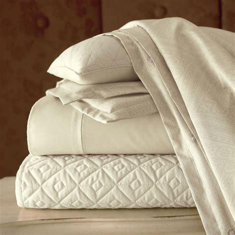 royal velvet coverlet royal velvet 400tc wrinkleguard quilted coverlet