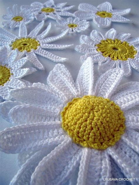 pattern crochet daisy you have to see crochet daisy flowers on craftsy