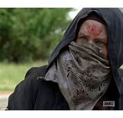 SPOILER ALERT The Walking Dead Features Bloody Invasion Of Alexandria