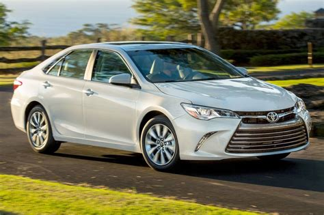 Toyota Camry 2017 Toyota Camry Sedan Pricing For Sale Edmunds