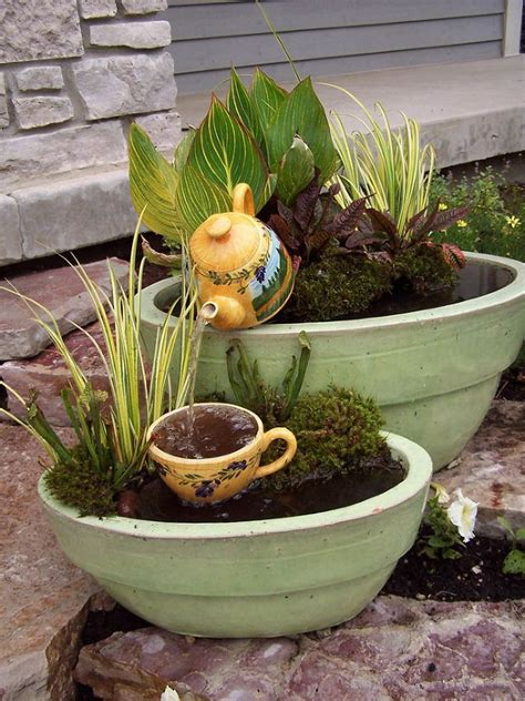 Container Water Garden Ideas Best 25 Container Water Gardens Ideas On Diy Container Pond Container Fish Pond