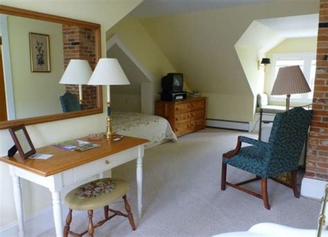 trumbull bed the trumbull house bed breakfast room rates and availability bbonline com