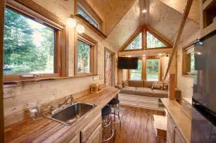 Kitchen Island Movable A Tiny House With A Sauna Hope Island Cottages