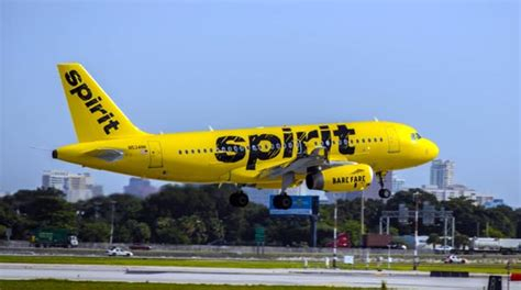 United Airlines Booking employee travel spirit airlines