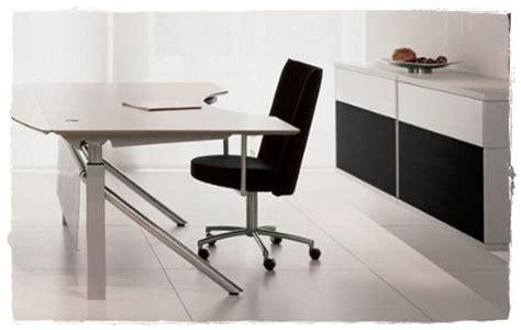Meja Office Olympic desain meja kerja modern dunia kerja carapedia