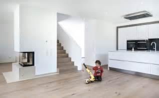beleuchtung einfamilienhaus neubau haus m neubau einfamilienhaus offene k 252 che
