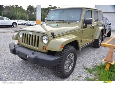 commando green jeep 2013 commando green jeep wrangler unlimited rubicon 4x4