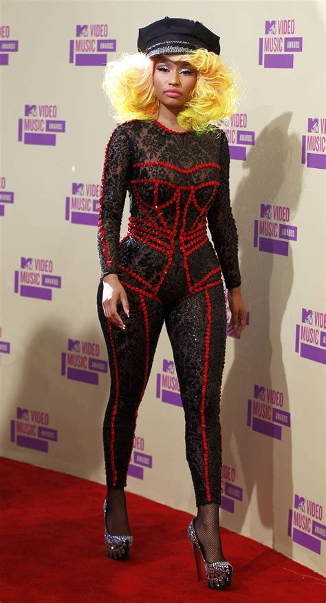 celebrity fashion videos top 5 worst dressed celebrities at 2012 mtv video music