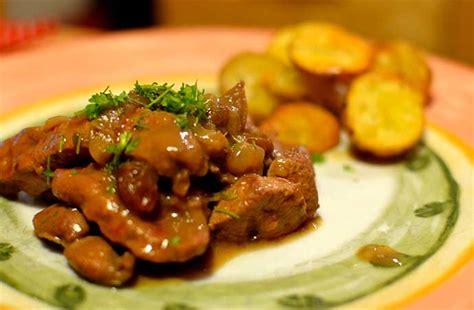 cucinare fegato fegato alla veneziana ricetta tradizionale calorie storia