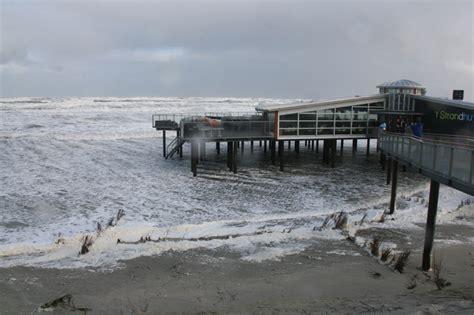 boot ameland storm foto s van de storm persbureau ameland