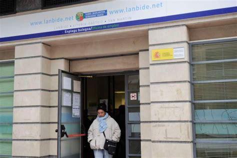 oficina de empleo vitoria lanbide empieza a enderezar su gesti 243 n pa 237 s vasco el pa 205 s