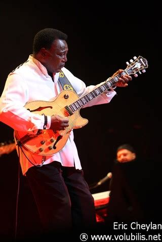 Was Benson L by George Benson L Olympia Concert Volubilis
