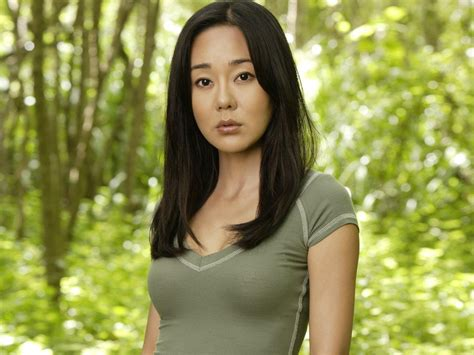 korean actress lost yunjin kim team yellow