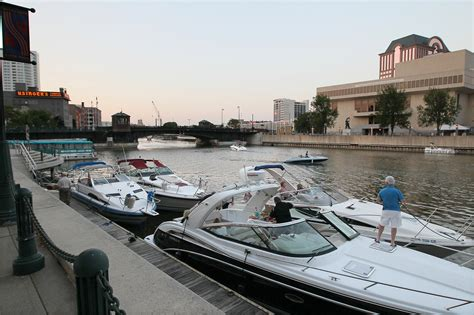 bands on a boat milwaukee rivers reborn special report riverwalk condo