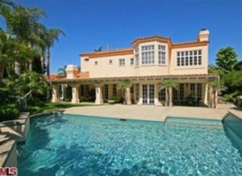 luxury homes in los angeles now cost 2 million on an